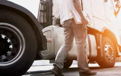 """Rodar com excesso de carga: entenda    o """"porque"""" essa prática é tão perigosa"""